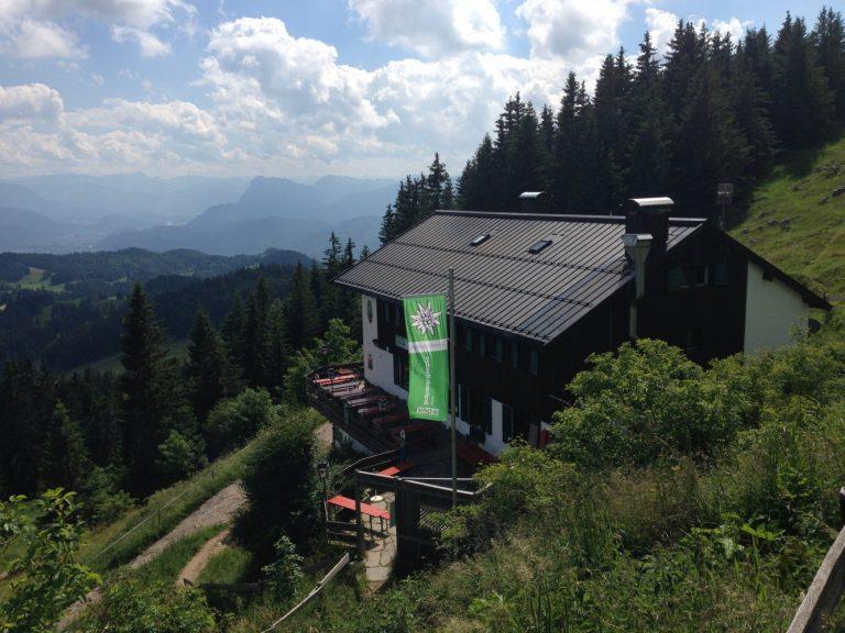 DAV Hütte Spitzsteinhaus auf dem Weg zum Gipfel